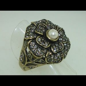 Vintage Heidi Daus Flower Ring